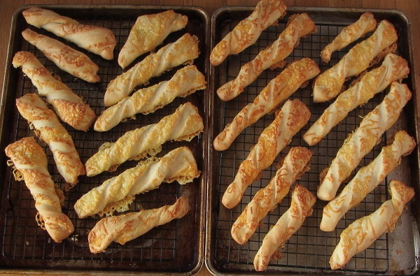 181122 cheesy breadsticks